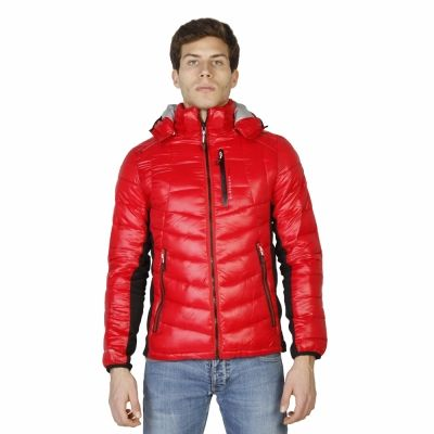 Geci Geographical Norway Cheyene_man Rosu