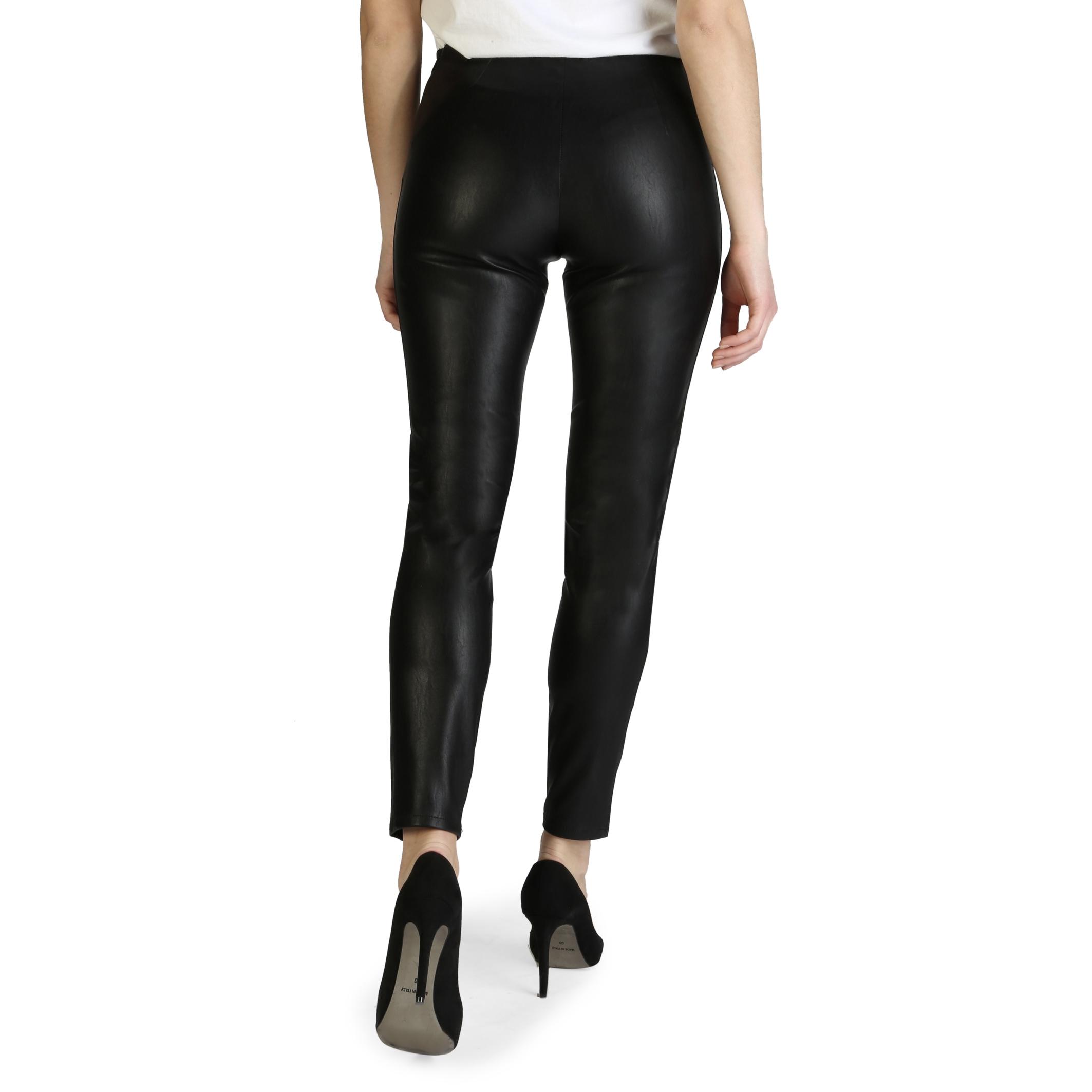Pantaloni Armani Exchange 3ZYP05_YNABZ Negru